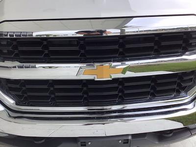 2017 Chevrolet Silverado 1500 Crew Cab 4x4, Pickup #SA49695 - photo 21