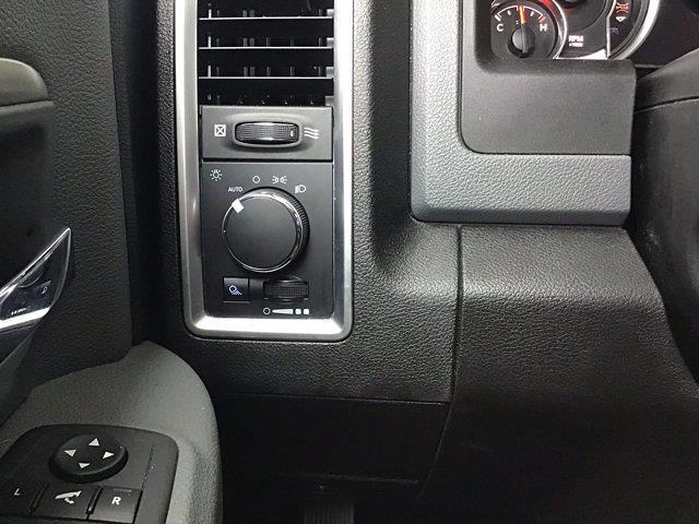 2019 Ram 1500 Crew Cab 4x4, Pickup #X05829 - photo 38