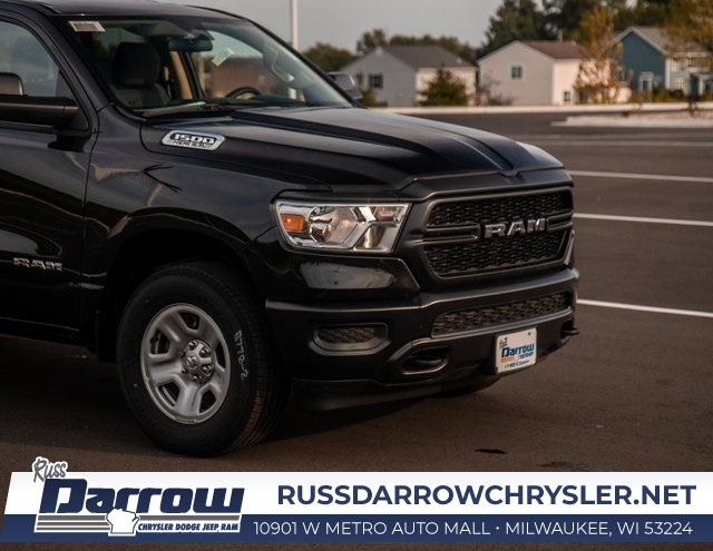 2019 Ram 1500 Quad Cab 4x4,  Pickup #R19029 - photo 3