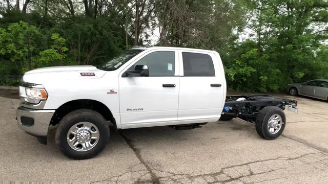 2019 Ram 3500 Crew Cab 4x4,  Cab Chassis #R19095 - photo 4