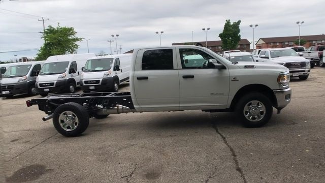 2019 Ram 3500 Crew Cab 4x4,  Cab Chassis #R19095 - photo 8