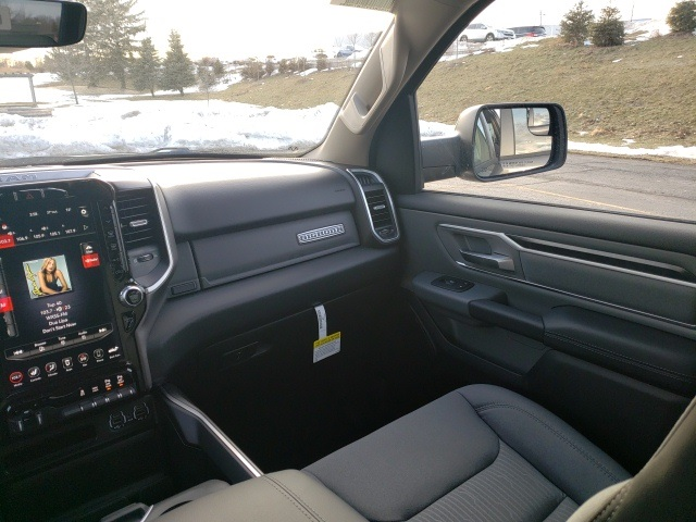 2020 Ram 1500 Crew Cab 4x4, Pickup #R20019 - photo 8