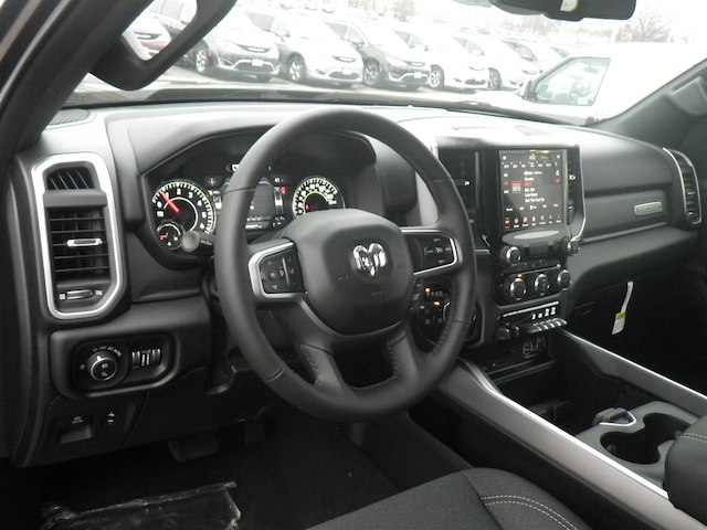 2019 Ram 1500 Crew Cab 4x4,  Pickup #19-D8042 - photo 5