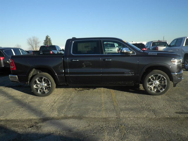 2019 Ram 1500 Crew Cab 4x4,  Pickup #19-D8067 - photo 3