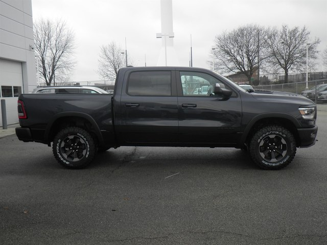 2019 Ram 1500 Crew Cab 4x4,  Pickup #19-D8076 - photo 3