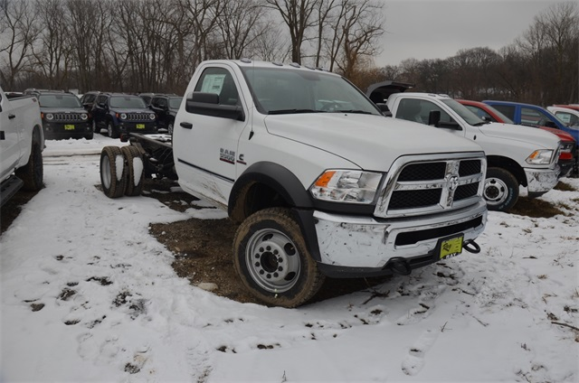 2018 Ram 5500 Regular Cab DRW 4x4,  Cab Chassis #R1642 - photo 8