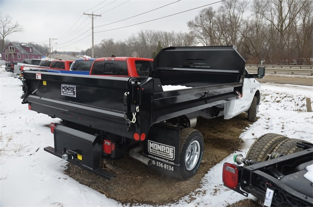 2018 Ram 3500 Regular Cab DRW 4x4,  Monroe Dump Body #R1651 - photo 2