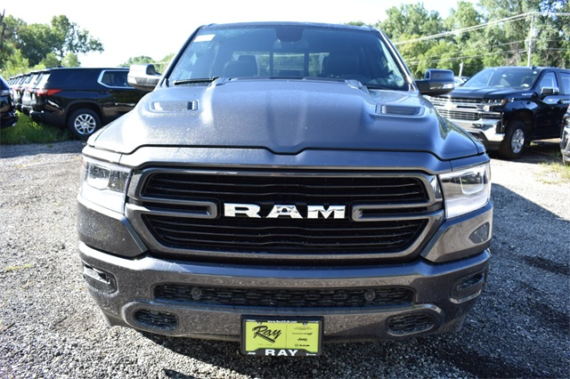 2020 Ram 1500 Crew Cab 4x4, Pickup #R1758 - photo 10