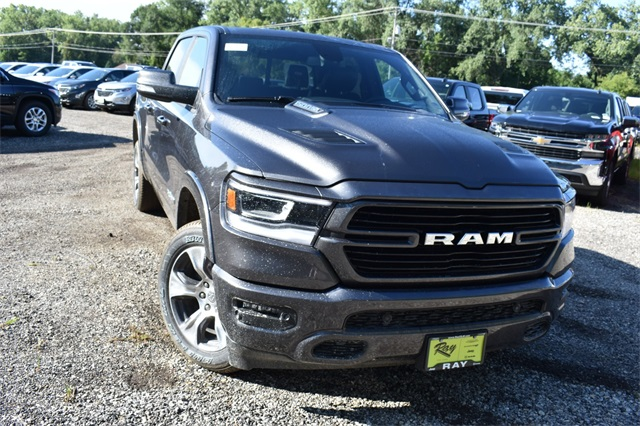 2020 Ram 1500 Crew Cab 4x4, Pickup #R1758 - photo 11