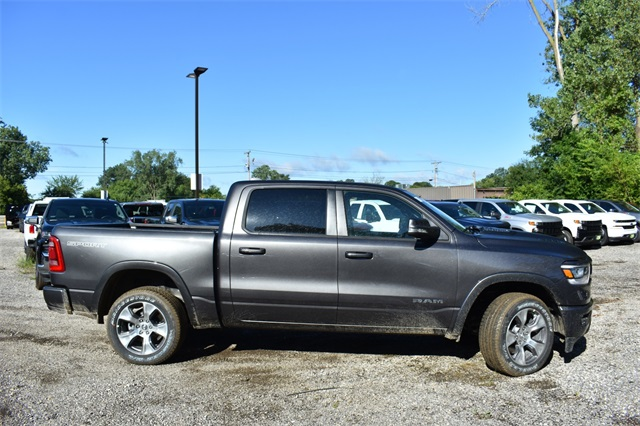 2020 Ram 1500 Crew Cab 4x4, Pickup #R1758 - photo 3