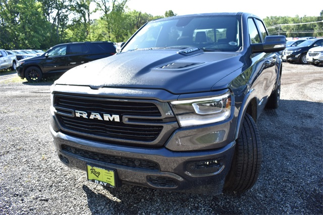 2020 Ram 1500 Crew Cab 4x4, Pickup #R1758 - photo 9