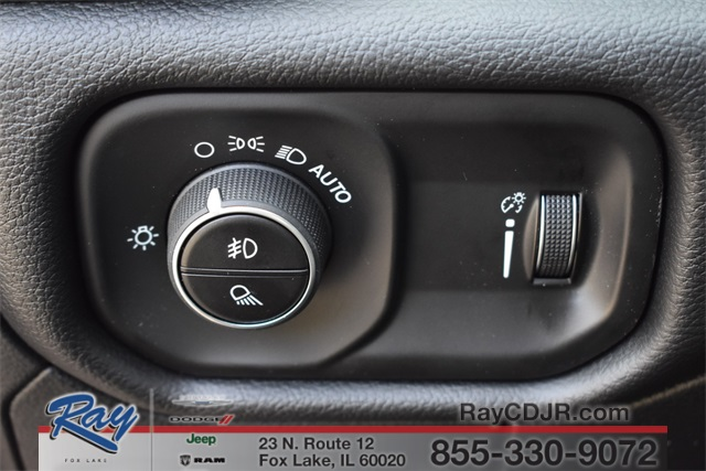 2020 Ram 1500 Crew Cab 4x4, Pickup #R1765 - photo 23