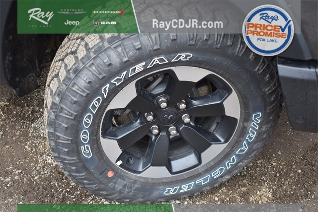 2020 Ram 1500 Crew Cab 4x4, Pickup #R1788 - photo 12