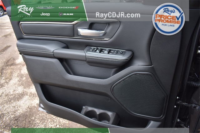 2020 Ram 1500 Crew Cab 4x4, Pickup #R1788 - photo 34