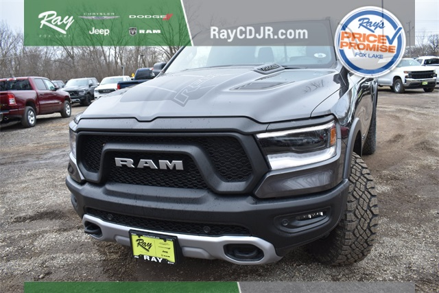 2020 Ram 1500 Crew Cab 4x4, Pickup #R1788 - photo 9
