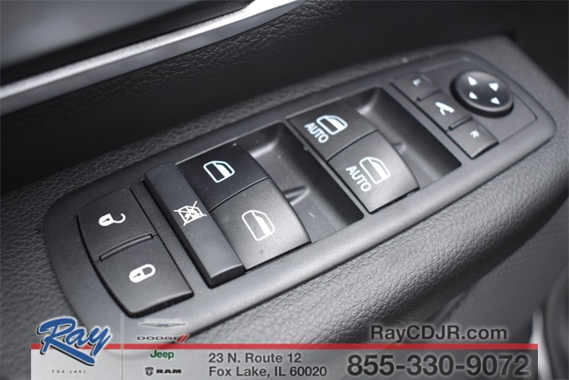 2020 Ram 1500 Crew Cab 4x4, Pickup #R1793 - photo 20