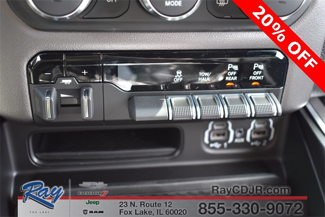 2020 Ram 1500 Crew Cab 4x4, Pickup #R1795 - photo 31