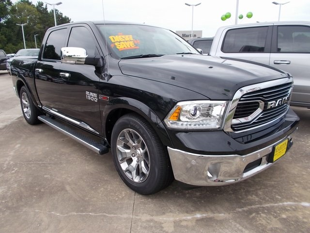 2018 Ram 1500 Crew Cab 4x4,  Pickup #120781 - photo 3