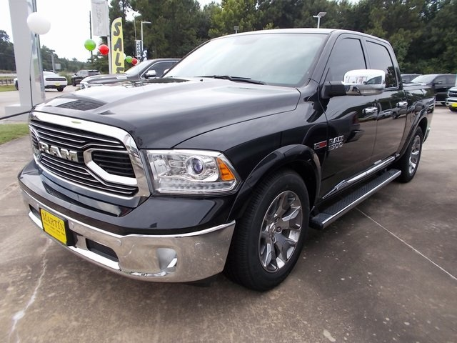 2018 Ram 1500 Crew Cab 4x4,  Pickup #120781 - photo 5