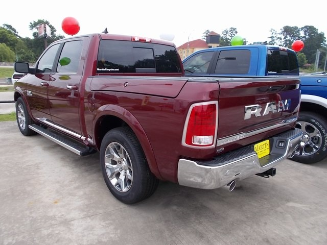 2018 Ram 1500 Crew Cab 4x4,  Pickup #120782 - photo 8