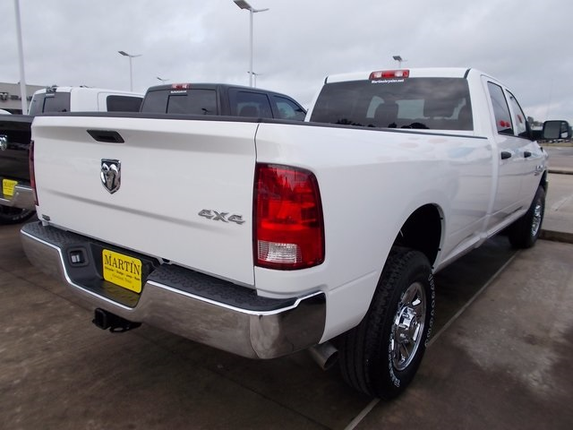 2018 Ram 2500 Crew Cab 4x4, Pickup #142172 - photo 2