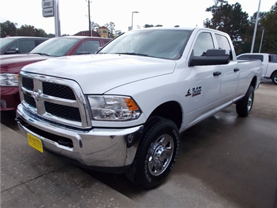2018 Ram 2500 Crew Cab 4x4, Pickup #142172 - photo 3