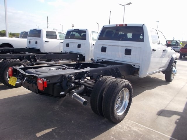 2018 Ram 4500 Crew Cab DRW, Cab Chassis #207303 - photo 2