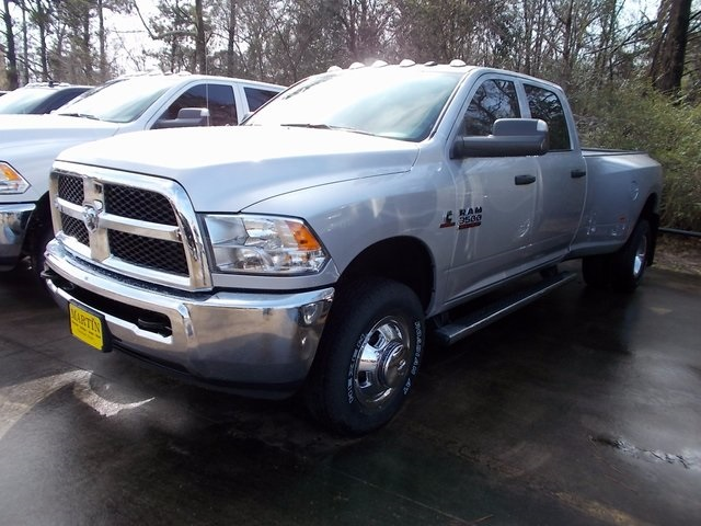 2018 Ram 3500 Crew Cab DRW 4x4, Pickup #221791 - photo 3