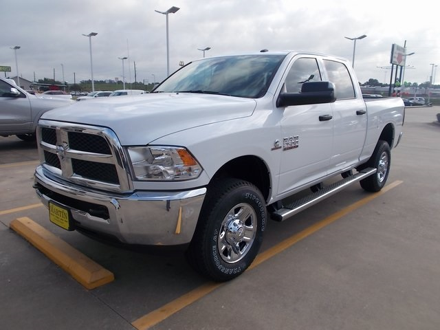 2018 Ram 2500 Crew Cab 4x4,  Pickup #315716 - photo 4