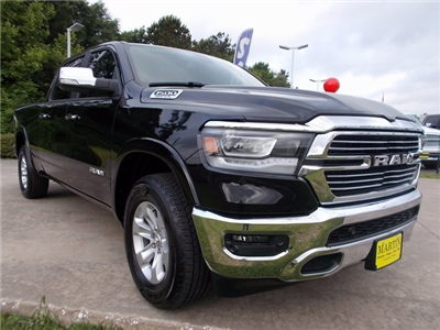 2019 Ram 1500 Crew Cab 4x4,  Pickup #506425 - photo 3