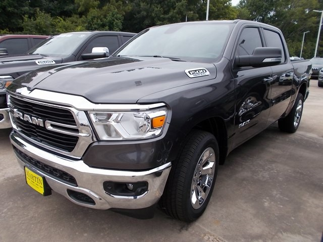2019 Ram 1500 Crew Cab 4x2,  Pickup #548468 - photo 3