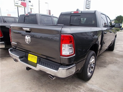 2019 Ram 1500 Crew Cab 4x2,  Pickup #548468 - photo 2