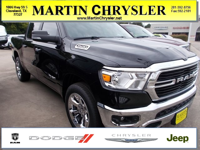 2019 Ram 1500 Crew Cab 4x2,  Pickup #562779 - photo 1