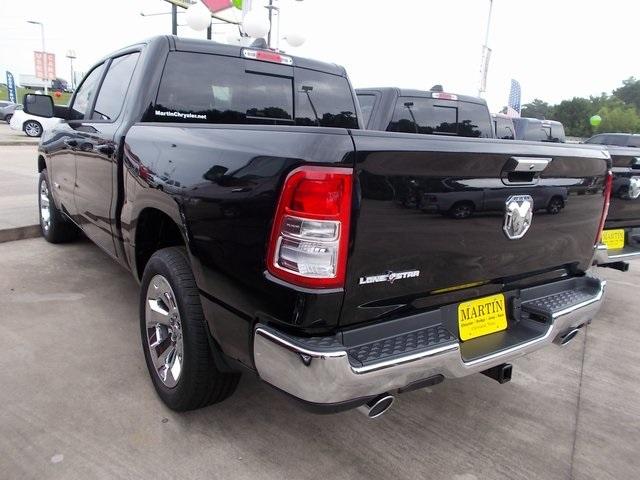 2019 Ram 1500 Crew Cab 4x2,  Pickup #562779 - photo 8