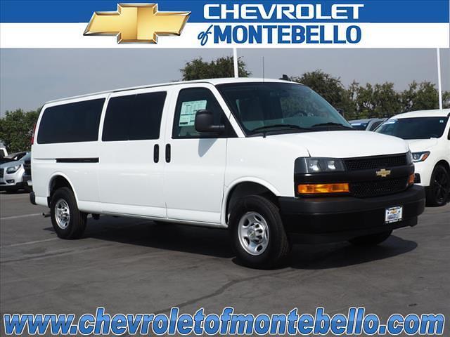 2020 Chevrolet Express 3500 4x2, Passenger Wagon #V1584 - photo 1