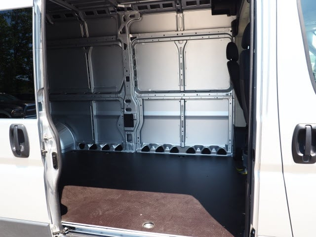 2018 ProMaster 3500 High Roof 4x2,  Empty Cargo Van #129579 - photo 7