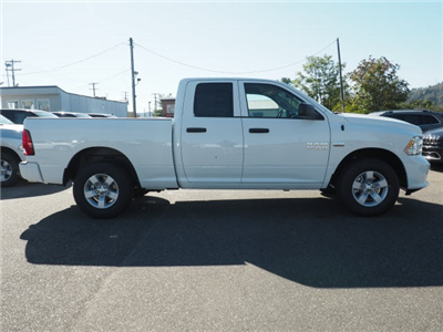 2018 Ram 1500 Quad Cab 4x4, Pickup #140398 - photo 3