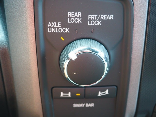 2018 Ram 2500 Crew Cab 4x4,  Pickup #301234 - photo 10
