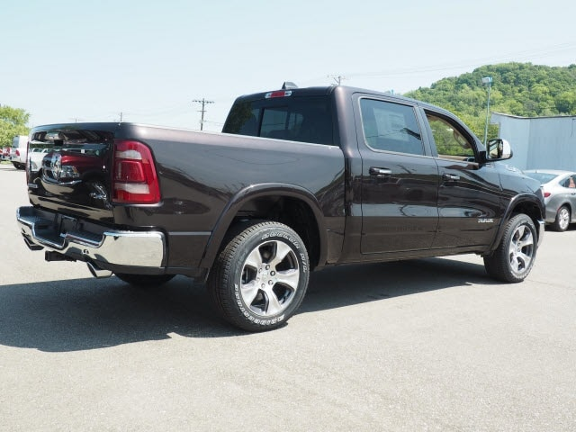2019 Ram 1500 Crew Cab 4x4, Pickup #525890 - photo 2
