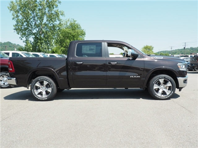 2019 Ram 1500 Crew Cab 4x4, Pickup #525890 - photo 3