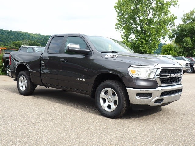 2019 Ram 1500 Quad Cab 4x4,  Pickup #587172 - photo 1