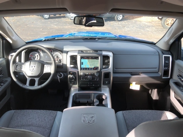 2018 Ram 1500 Crew Cab 4x4 Pickup #18063 - photo 14