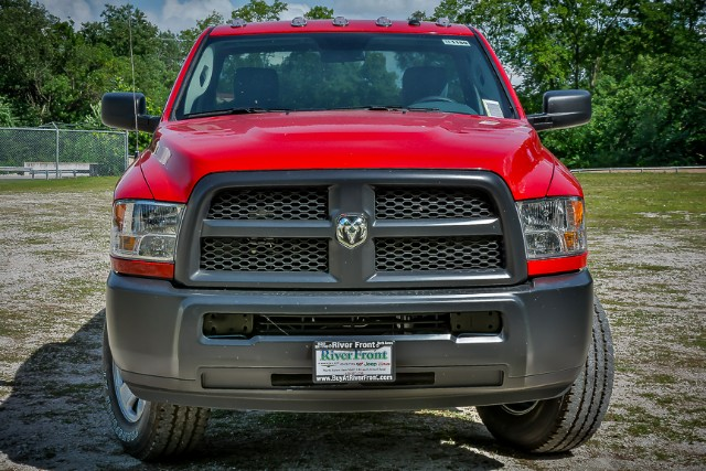 2016 Ram 2500 Regular Cab 4x4 Pickup #161180 - photo 3