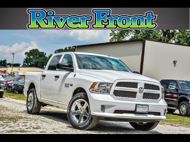 2017 Ram 1500 Crew Cab 4x4, Pickup #171329 - photo 1