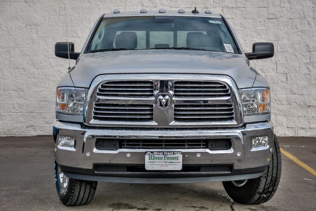 2017 Ram 2500 Crew Cab 4x4 Pickup #171444 - photo 3