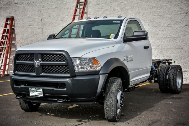 2017 Ram 4500 Regular Cab DRW 4x4,  Cab Chassis #17816 - photo 5