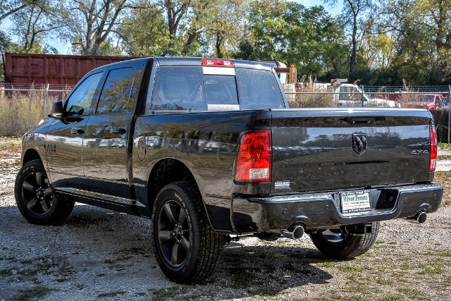 2018 Ram 1500 Crew Cab 4x4,  Pickup #18073D - photo 4