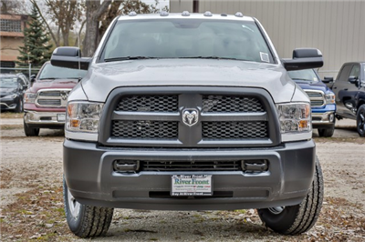 2018 Ram 3500 Crew Cab 4x4, Pickup #18084 - photo 3