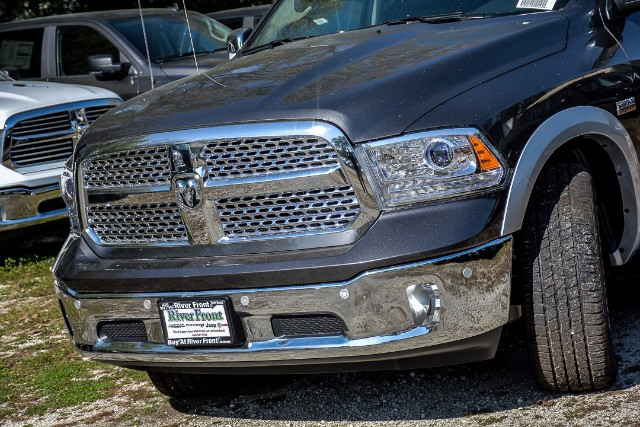2018 Ram 1500 Crew Cab 4x4 Pickup #18087 - photo 6