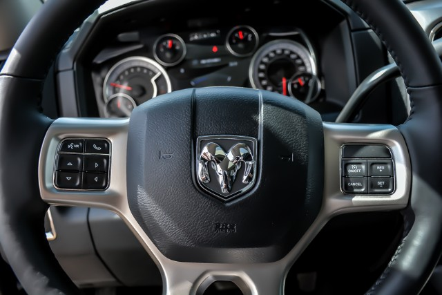 2018 Ram 2500 Crew Cab 4x4, Pickup #181029 - photo 15